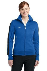 nike-woman-blue-sweatshirt