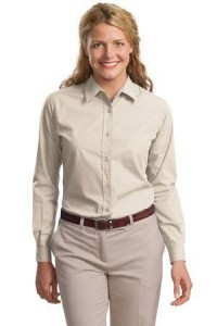 workwear-white-woman-shirt